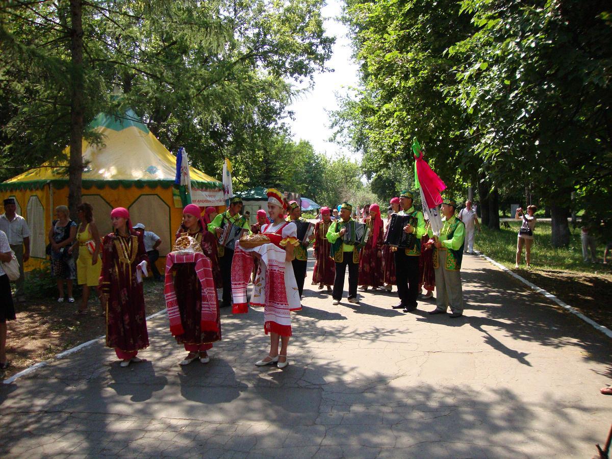 На татарском языке поздравления с днем рождения подруге